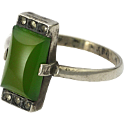 Art Deco Chrysoprase Agate and Marcasites Silver Ring