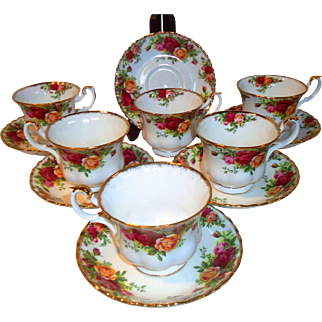 Royal Albert Old Country Roses Cups & Saucers (1962)