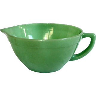 Fire-King Jadeite 6 Cup Batter Bowl