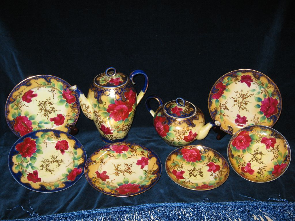 Royal Nippon Handpainted Tea Set Jewelled Red Rose Floral Design