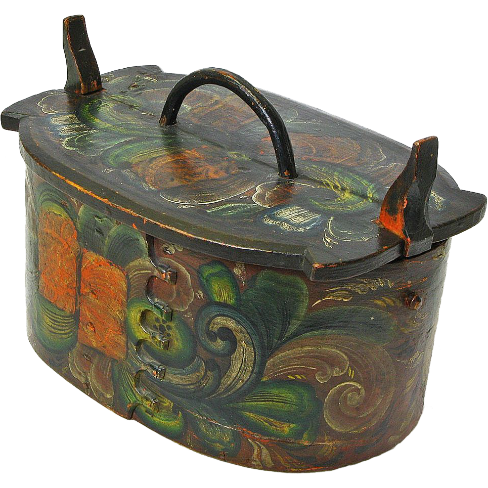 Large Early Rosemaling Decorated Norwegian Tine