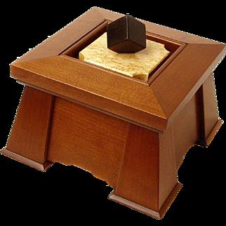 Arts and Crafts Fumed Quartersawn Cherry Executive Keepsake Dresser Jewelry Box