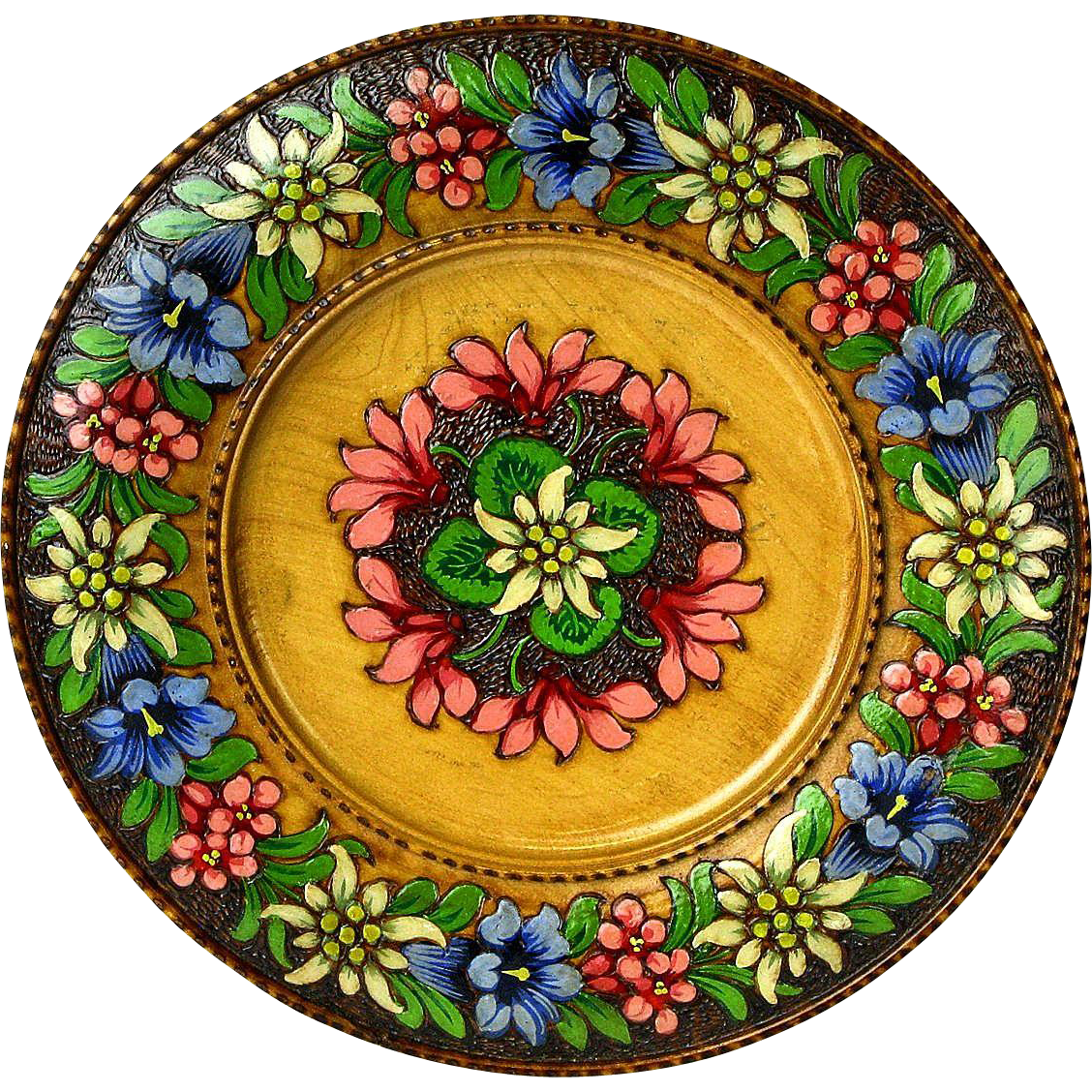 Pyrographic Carved  Painted Decorative Edelweiss Plate, Black Forest, 1945