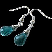 Emerald green Silver Earrings, bridesmaid jewelry, green Drop earrings, simple Fall designs