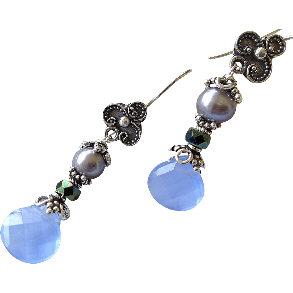 Blue Bali Silver drop earrings elegance gray Pearl by Camp Sundance