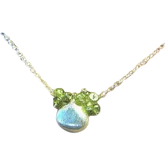 Peridot necklace, Silver pendant, green necklace, ruffle cluster Camp Sundance, Gem Bliss