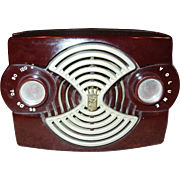 Neat Zenith bakelite radio Owl Eye model