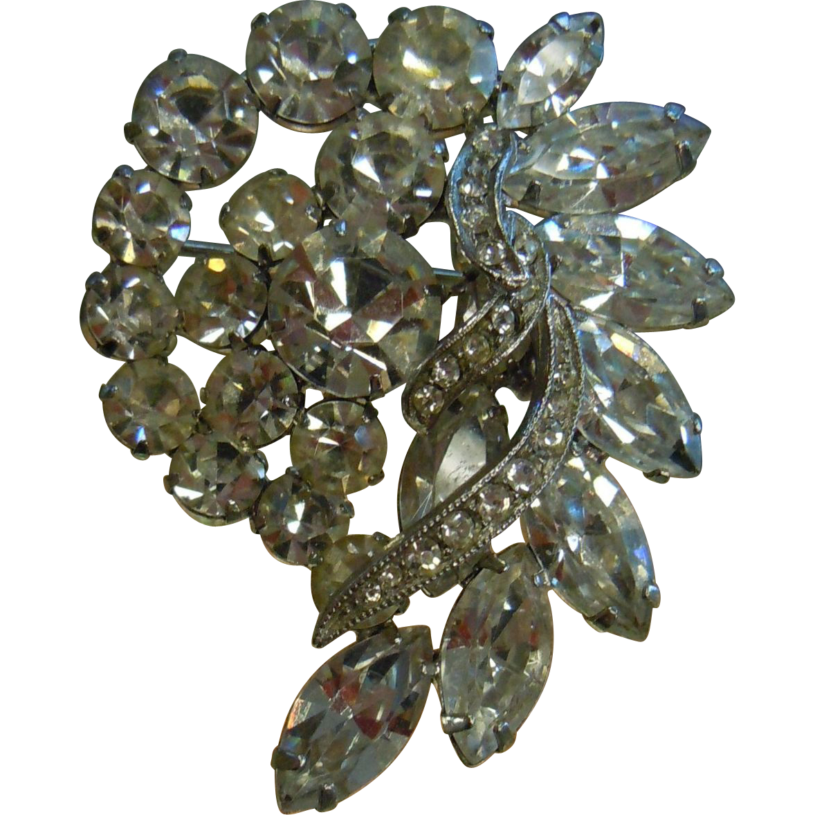 Lovely Vintage Clear Rhinestone Brooch