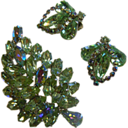 Lovely WEISS Vintage Set of 3 Costume Jewelry Pieces w/ Sparkling Iridescent Green Rhinestones