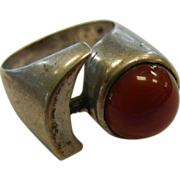 Unique Vintage 950 Silver Ring Adorned w/ Carnelian Half-Sphere