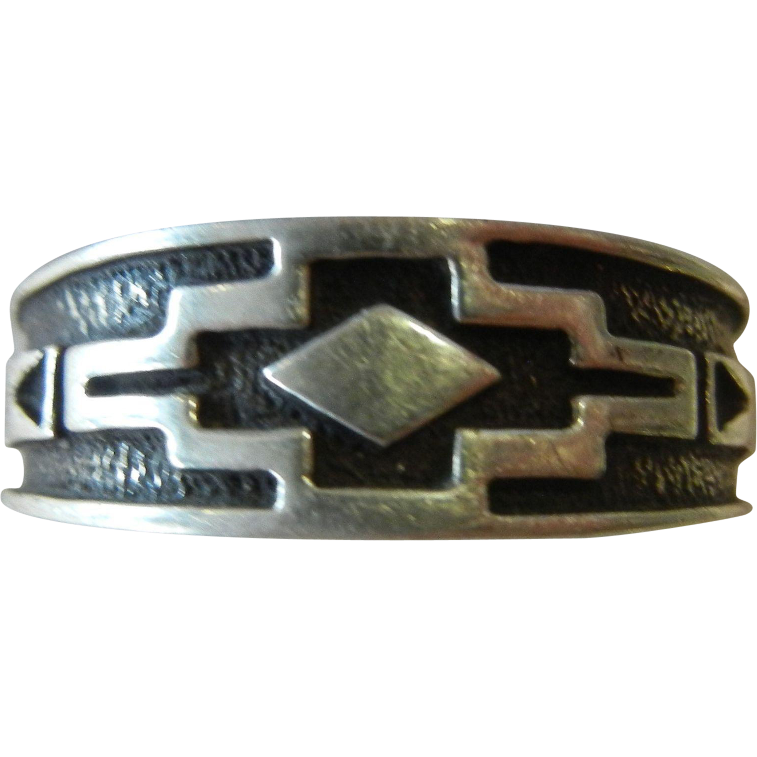 Tribal Design Sterling Silver Ring - Size: 12