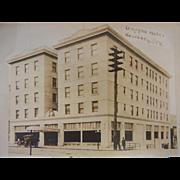 Original Vintage B&W Postcard - Umpqua Hotel in Roseburg, Oregon