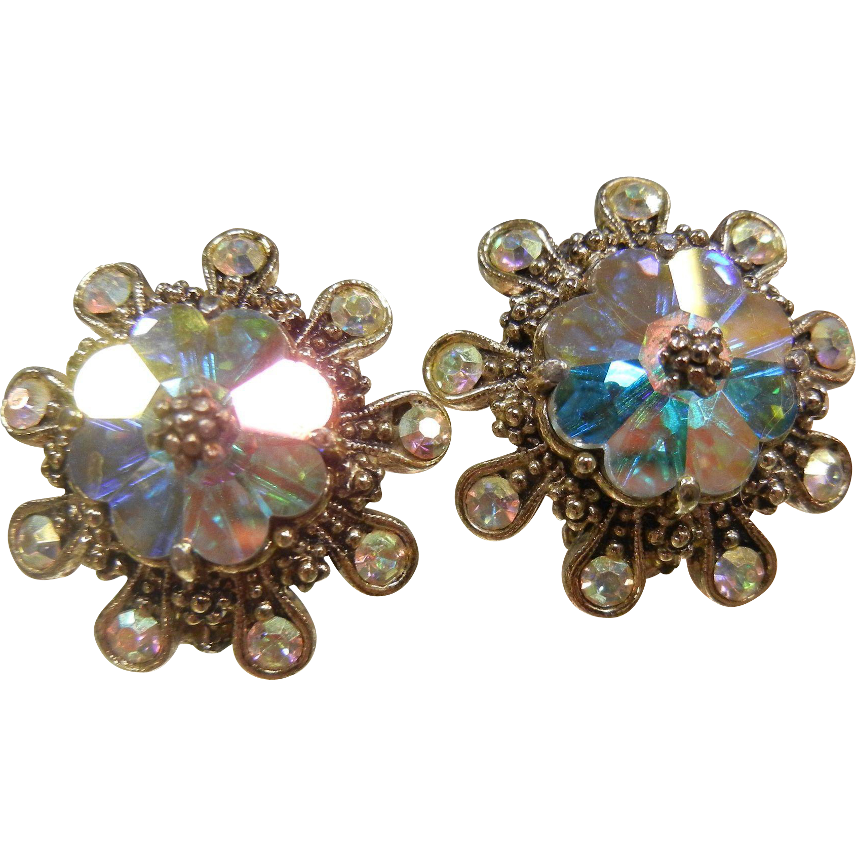 Vintage Weiss Iridescent Faceted Glass Clip Earrings
