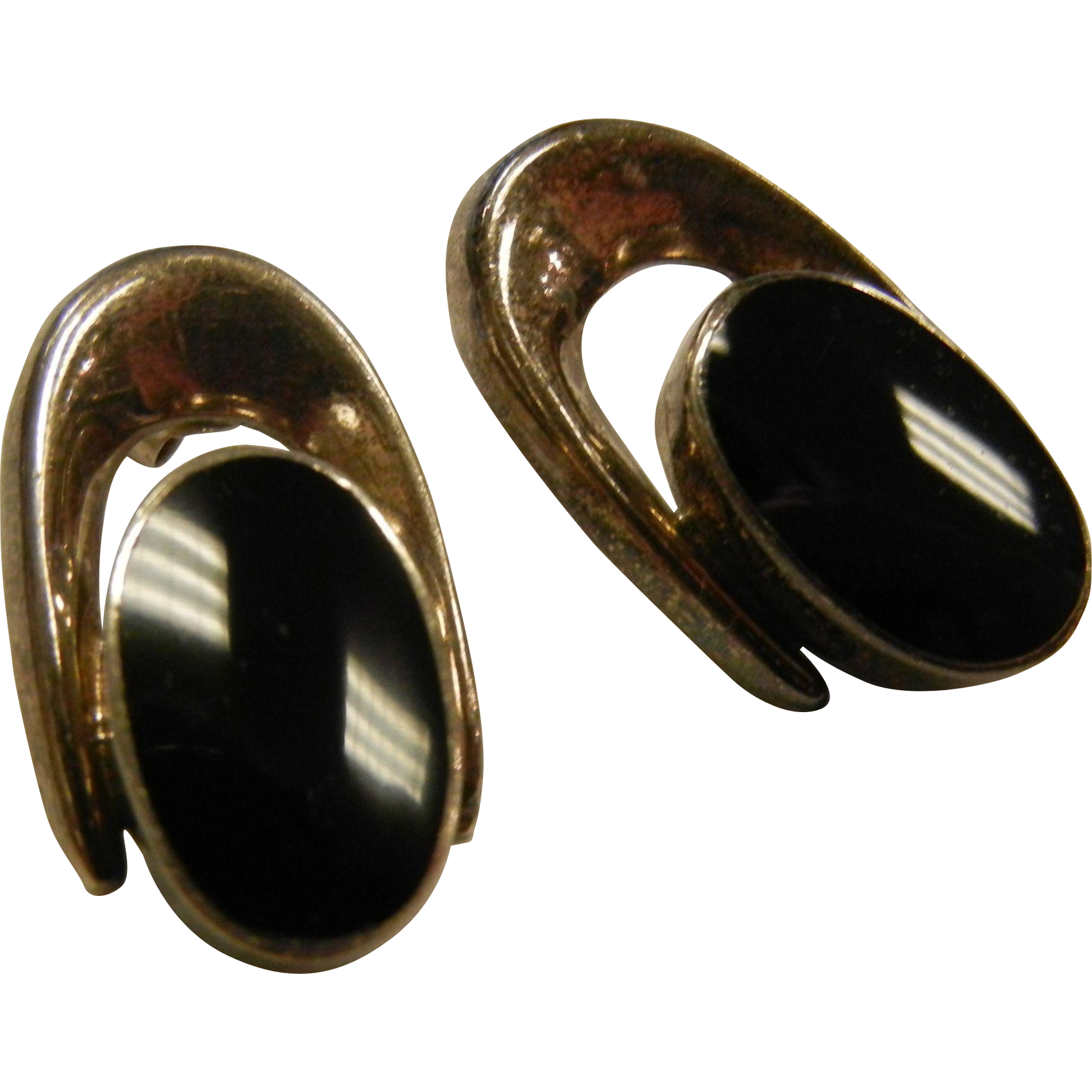 Vintage Modernist Sterling Silver Earrings w/ Polished Black Stone