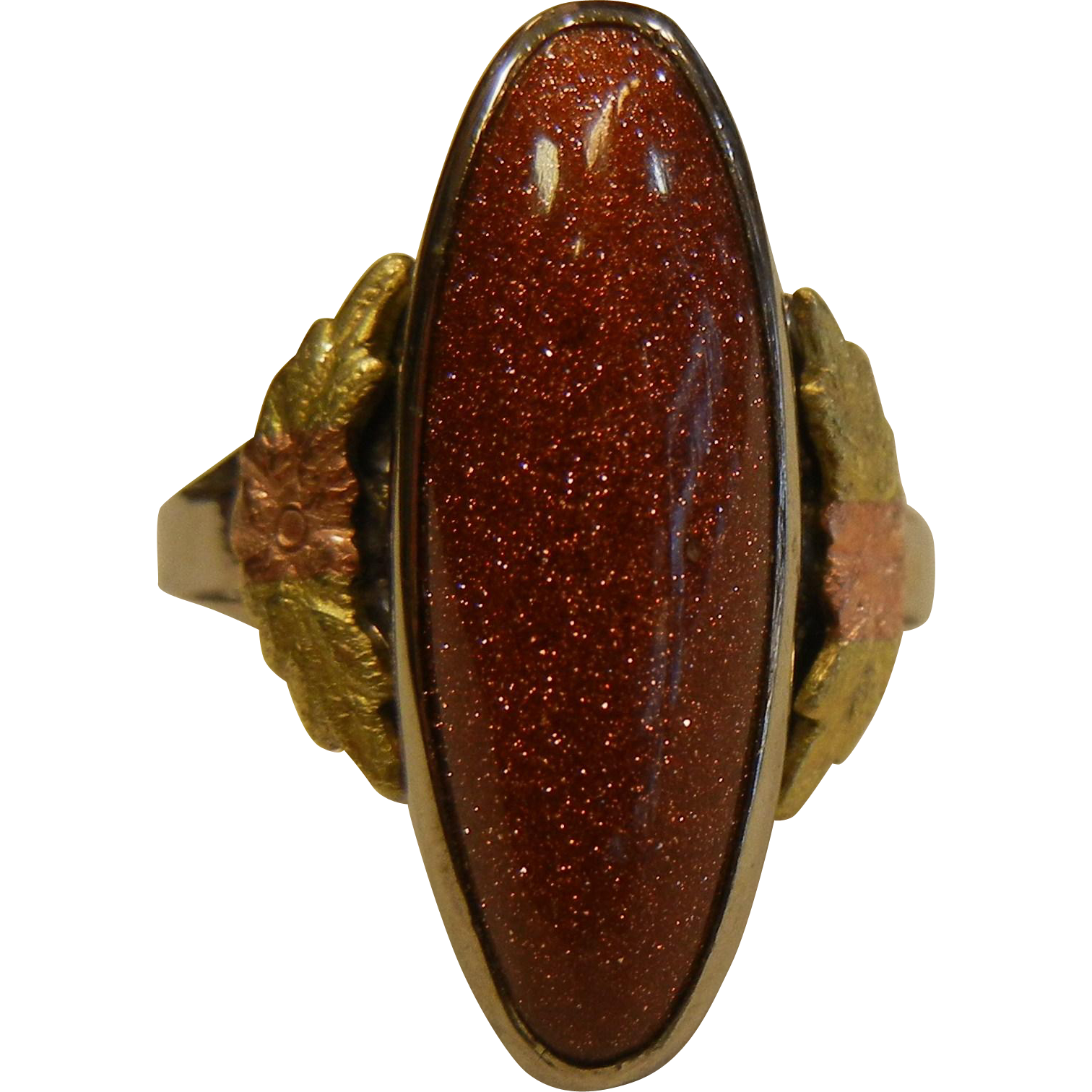 Fine Sterling Silver Ring w/ Black Hills Gold Leaves & Goldstone