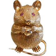 Vintage ADORABLE 14K Gold Mouse Brooch w/ Rubies