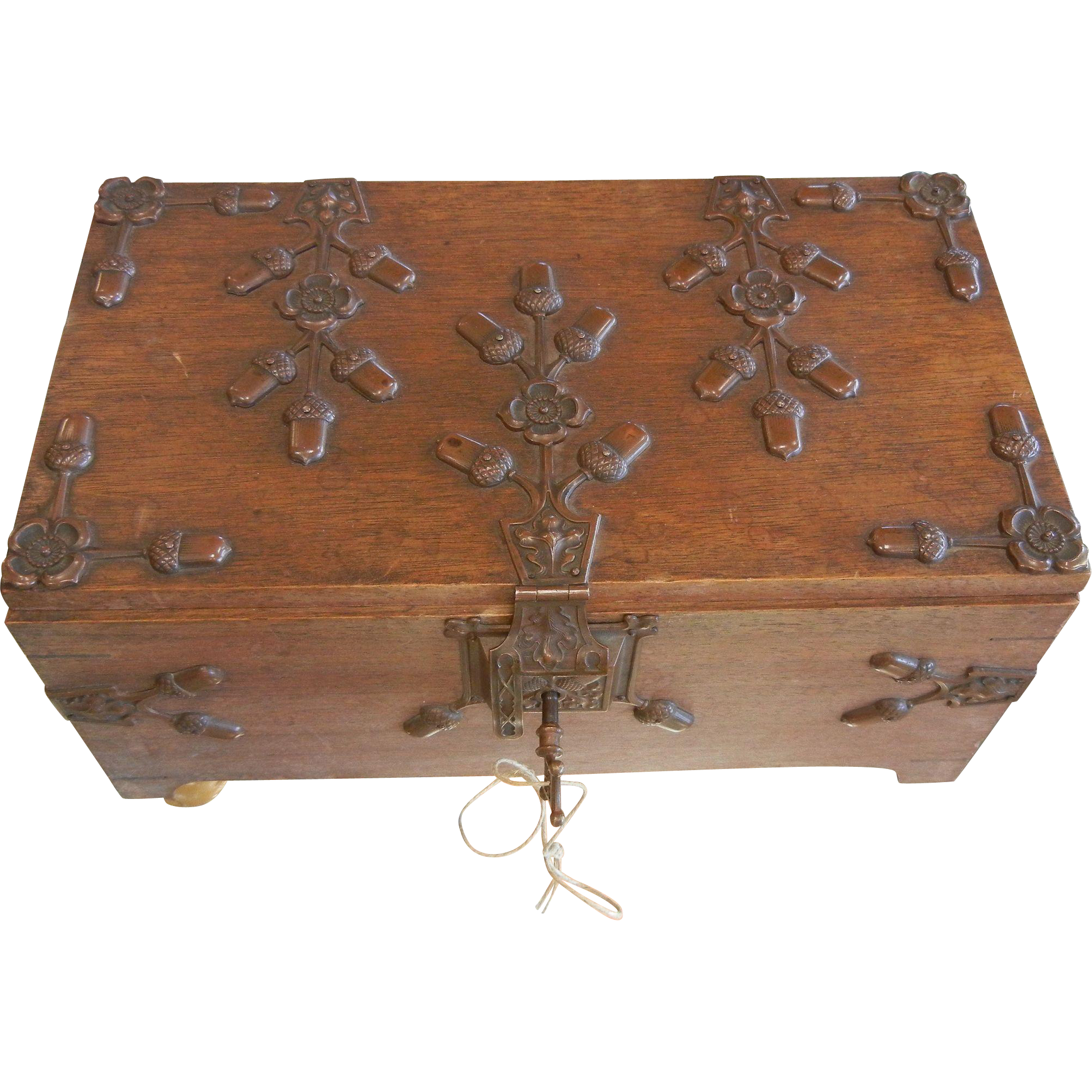 Fantastic Old German Locking Wooden Box With Key And Acorn Decor