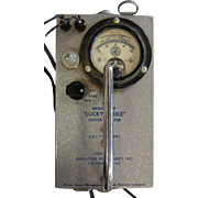 "Vintage 1950's ""Lucky Strike"" Geiger Counter Model 106B"