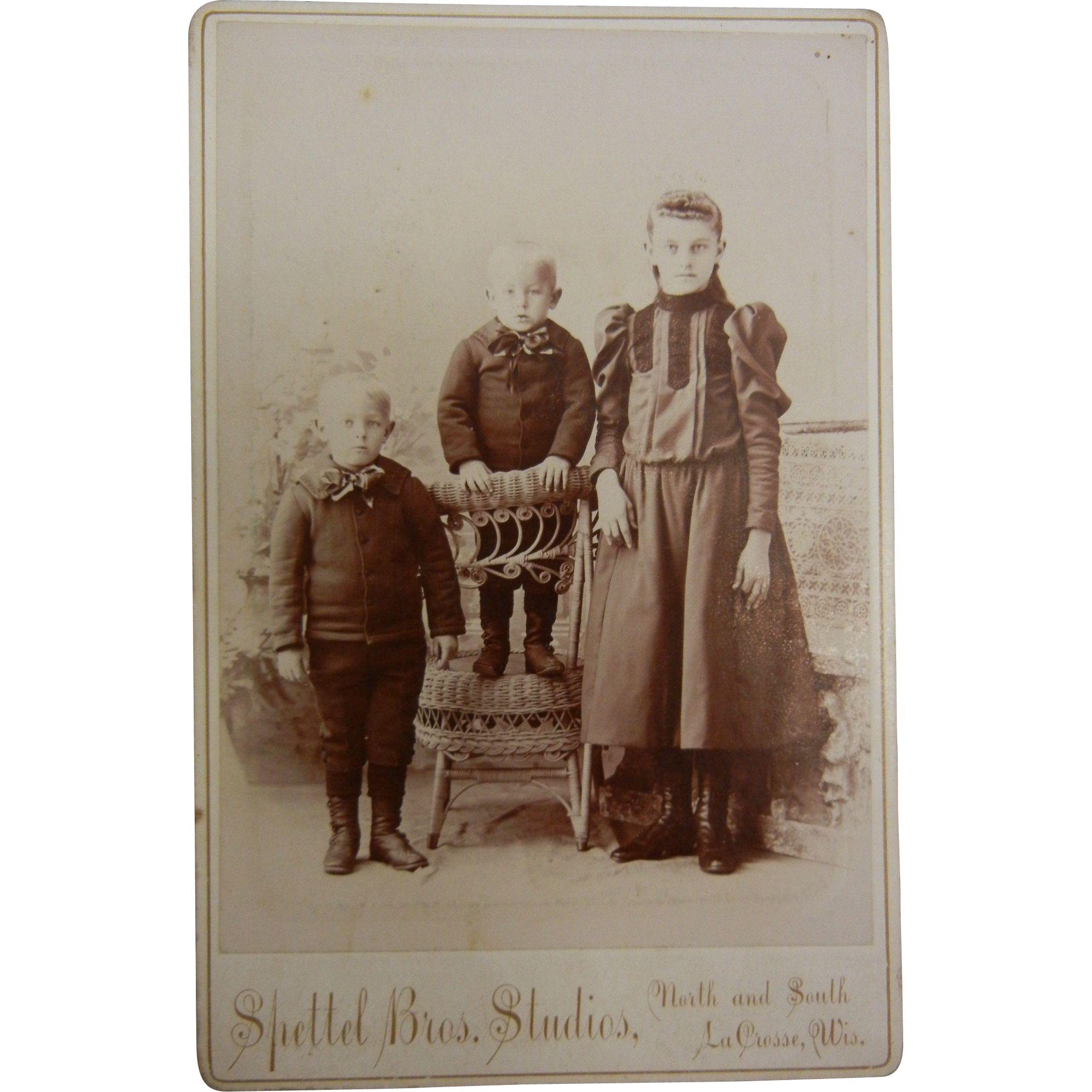 Vintage B&W Cabinet Photograph - Three Children