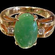 Fine Green 14 K Jade & Diamond Ring - Size: 6.25