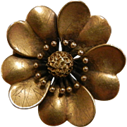 Fine Vintage Gold Flower Pin