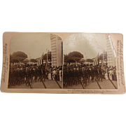 Vintage B&W Stereoview Card - General Lee's Army Entering Havana, Cuba Jan. 1899