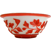 Vintage Chinese Red & White Peking Glass Bowl