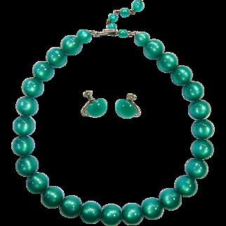 Vintage Green Glow Plastic Bead Choker Necklace & Screw Back Earrings