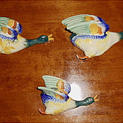 Vintage  - Three Colorful Ducks  - Wall Pocket Set - Hand Painted