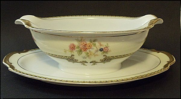 Vintage Noritake China~Aubery Pattern~Gravy Sauce Boat With Attached Underplate