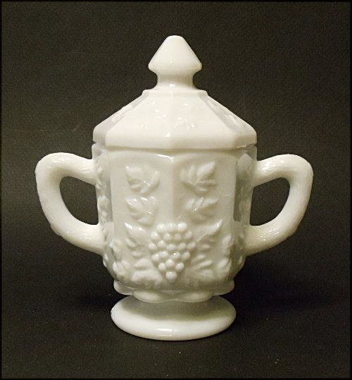 Vintage Westmoreland Paneled Grape Individual Sugar with Lid #PG-92 in Milk Glass