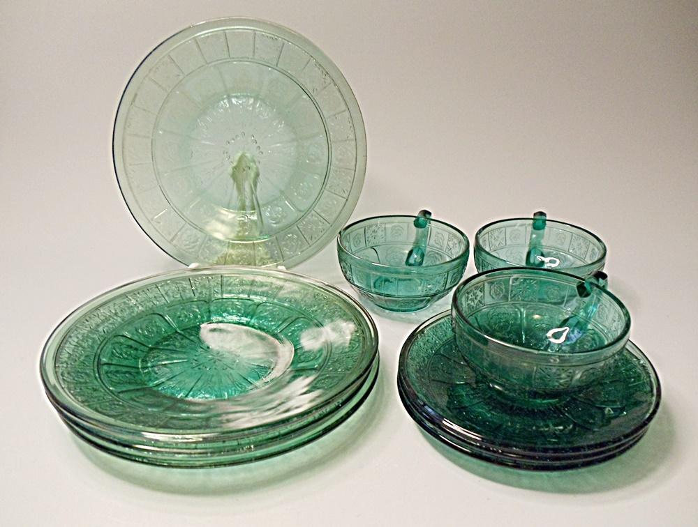 """Depression Era - """"Pretty Polly Party Dishes"""" - Jeannette Glass - Doric And Pansy - Ultramarine Blue - 10 Pieces"""