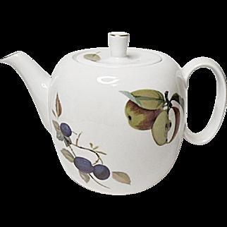"""Royal Worcester - Evesham Gold - Fine Porcelain Teapot - 5"""" - 4 Cup"""
