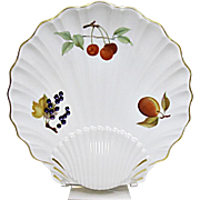 Royal Worcester - Evesham Gold - Fine Porcelain - Large Shell Serving Plate