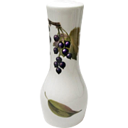 Royal Worcester - Evesham Gold - Fine Porcelain - Pepper Shaker - Peach and Currants