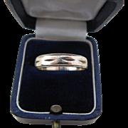 Man's Wedding Band Ring 10 Kt Yellow Gold