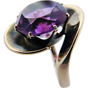 Modernist Amethyst Ring 14 Karat Yellow Gold Vintage Mid Century