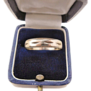 Men's Wedding Band 10K Gold Ring Size 9.75