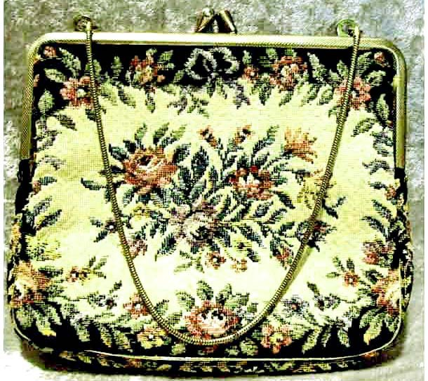 FABULOUS 1940's Vintage Austrian Floral Tapestry Purse RARE - Goldtone Chain / Made In Austria / Cloth Clutch