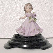 Vintage Collectible Bisque Porcelain Girl Figurine Holding A Bouquet 1960-70s Mint