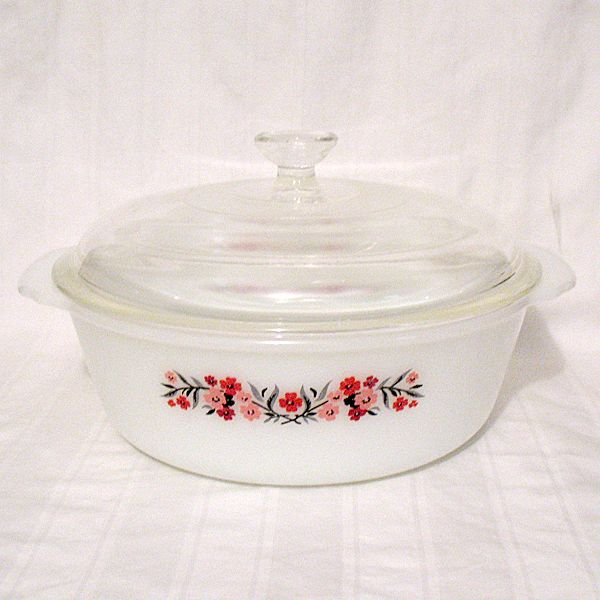 Vintage Collectible Anchor Hocking Fire King 2-Qt Casserole With Original Knob Lid Primrose Pattern 1960-62 Mint Unused Condition