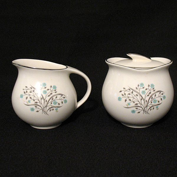 Vintage Collectible Pope-Gosser Creamer & Sugar with Lid in The Sandra 8016 Pattern 1940-50s Mint Condition