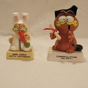 Vintage Collectible Garfield Ceramic Figurines Here Comes Kitty Cottontail & Congratulations You Did It Enesco Mint
