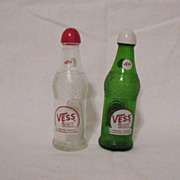 Vintage Advertising Vess Soda Bottle S & P Shakers 1950s Like New Condition