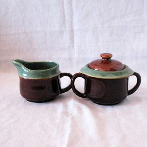 Vintage Pottery Sugar With Lid & Creamer 1950s Excellent Condition