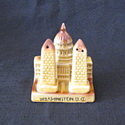 Vintage Souvenir US Capital & Washington Monument S & P Shakers 1950s Excellent Condition