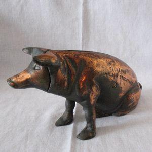 Rare Vintage Chicago Stockyard Souvenir Cast Iron Piggy Bank 1940-50s Very Good Vintage Condition