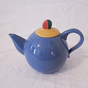 Vintage Collectible Lindt-Stymeist Colorways Blue Tea Pot with Yellow Lid Flat Finial Lid Mint Condition