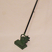 Vintage Kenmore  Metal Kids Toy Sweeper 1920-30s Vintage Condition