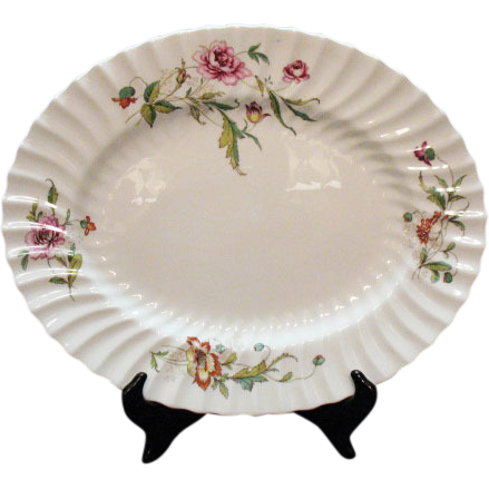 Vintage Royal Doulton Fine Bone China 16 ¾ Inch Oval Platter Clovelly Pattern Very Good Condition